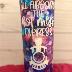 Hot mess express tumbler 20oz